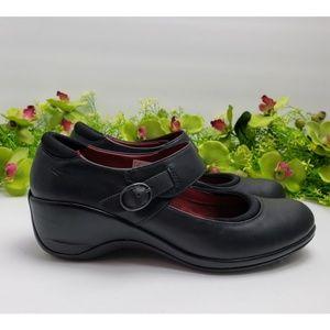 Merrell Black Leather Mary Jane Wedge Size 8.5 US